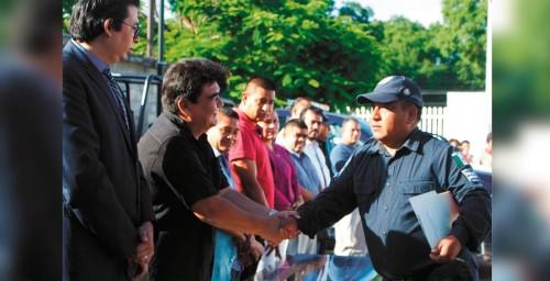 JIUTE POLICÍAS